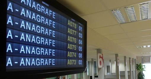 Lingua dei segni all'anagrafe centrale: la proposta al Comune di Torino per i cittadini sordi